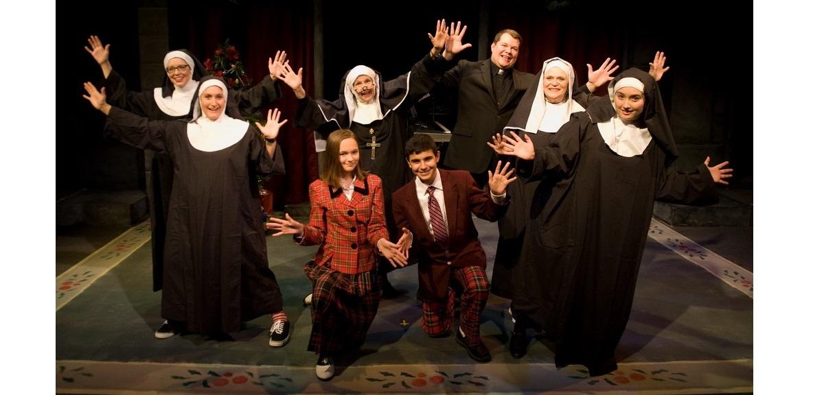"""Cast of """"Nuncrackers"""""""