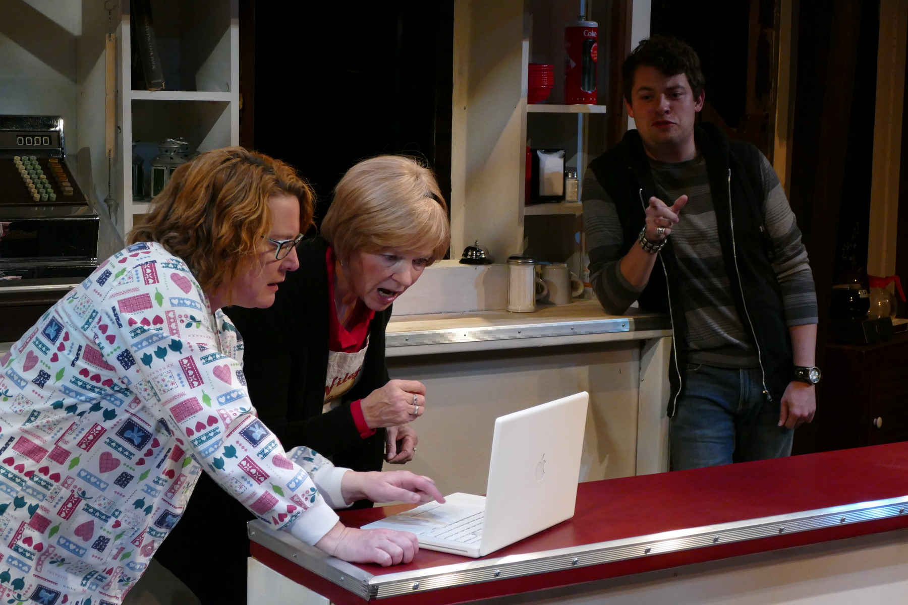 Lisa L Wiley as Kate Myers, Anne McEvoy as Sheila Banks and Kyle Adam as Ryan Banks